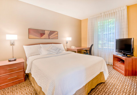 TownePlace Suites Charlotte University Research Park - Two-Bedroom Suite - Bedroom