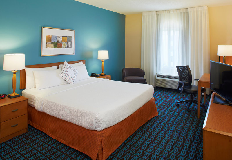 Fairfield Inn Suites By Marriott Atlanta East Lithonia In Lithonia Ga 30038 Citysearch