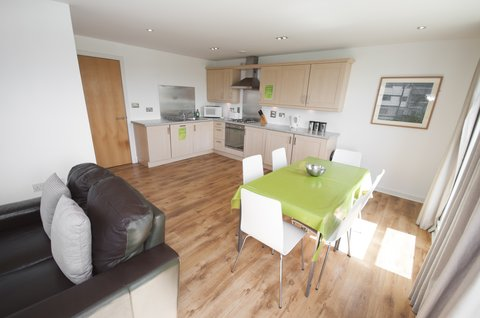 Ocean Apartments - Family Apartment Kitchen