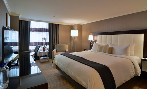 The Back Bay Hotel - Deluxe King Guestroom