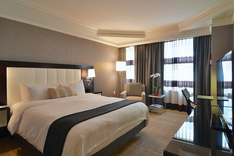 The Back Bay Hotel - Premium King Guestroom
