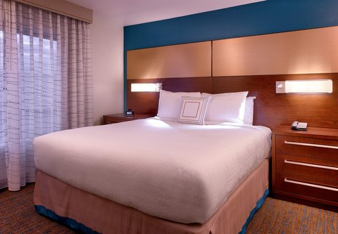 Residence Inn Salt Lake City Murray - Suite Sleeping Area