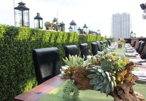 Courtyard By Marriott Austin Downtown/Convention Center Hotel - Rooftop Terrace   Banquet Setup Details