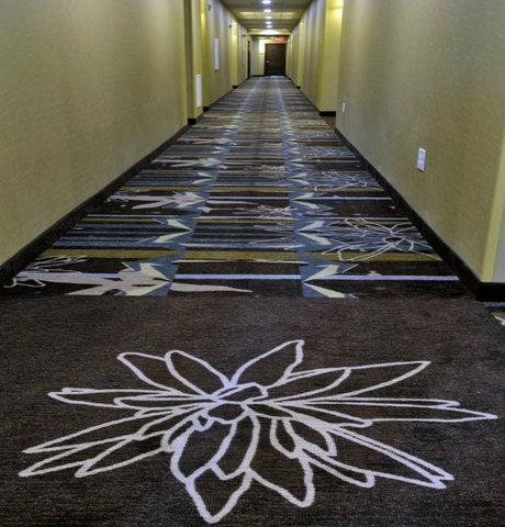 Staybridge Suites ST. PETERSBURG DOWNTOWN - Hallway