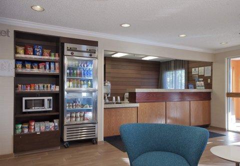 Fairfield Inn Bozeman - Front Desk