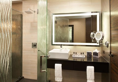 Metropolitan at The 9, Autograph Collection - Guest Bathroom