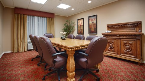 BEST WESTERN PLUS International Speedway Hotel - Perfect for Meetings and Events