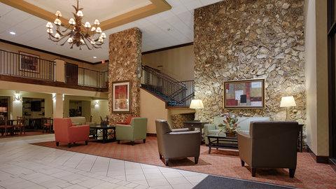 BEST WESTERN PLUS International Speedway Hotel - Experience Fine Hospitality