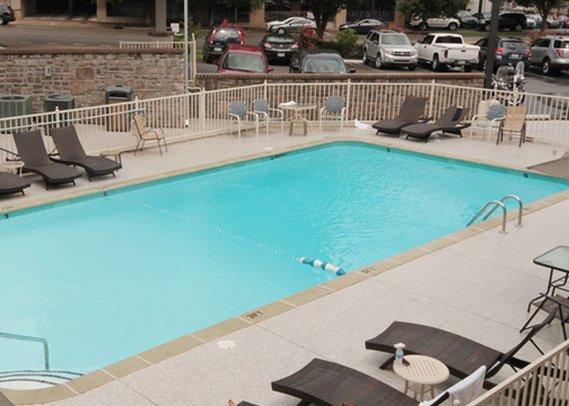 Comfort Inn Nashville Vista della piscina
