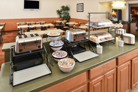 Comfort Inn Butte - Breakfast Buffet
