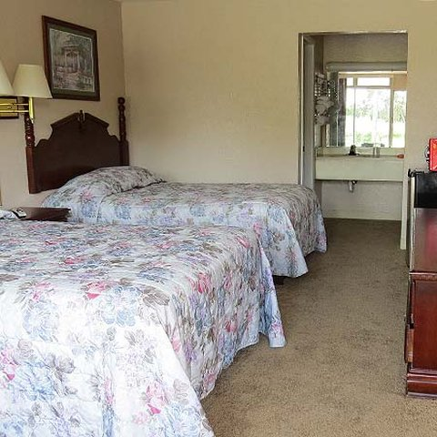 Micanopy Inn - 2 Double Bed Room
