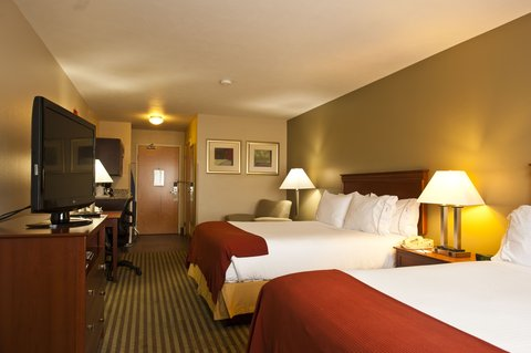 Holiday Inn Express WALLA WALLA - Two Queen Bed Guest Room