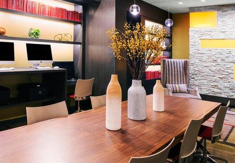 Fairfield Inn & Suites Charlotte Uptown - Business Center