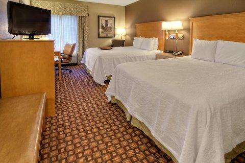 Hampton Inn - Suites Nashville-Vanderbilt-Elliston Place - Two Queen Guestroom
