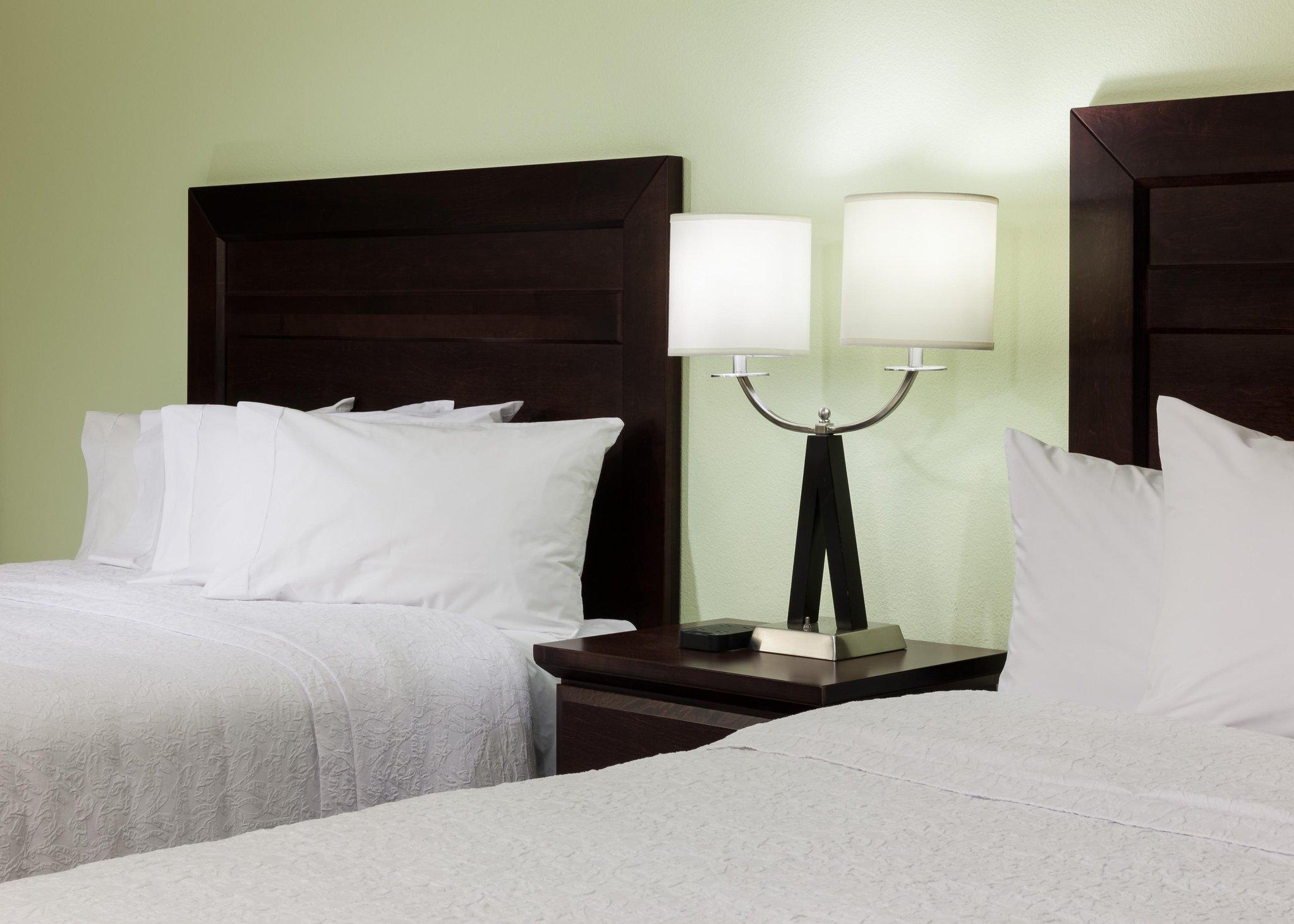 Hampton Inn  Suites Dallas-Arlington-South