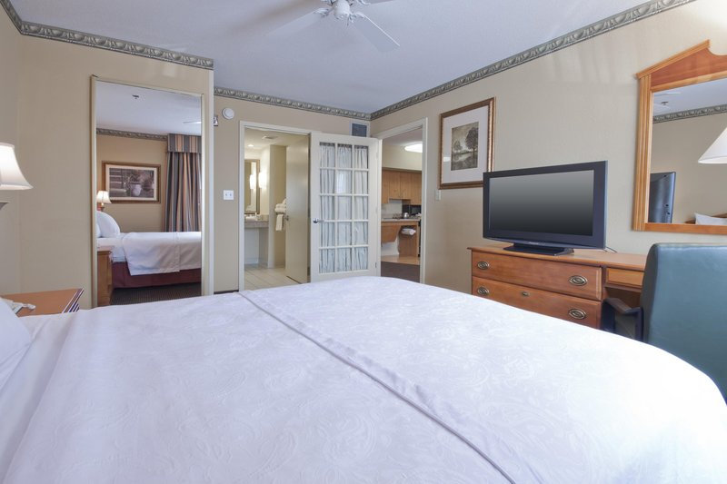 Homewood Suites Boston/Peabody 客房视图