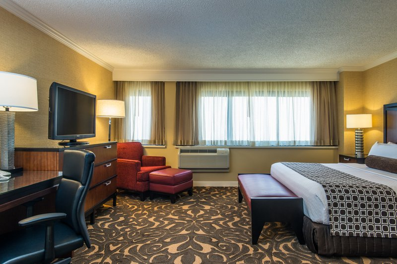 Crowne Plaza Hotel  Los Angeles-Intl. Airport 客房视图