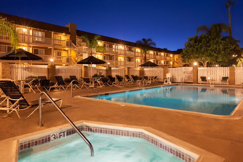 Ramada Inn and Suites Costa Mesa/Newport Beach Sonstiges