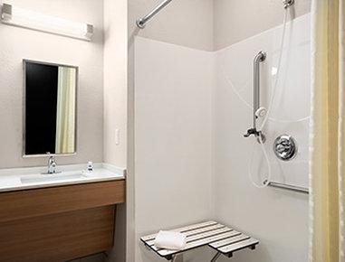 Microtel Inn & Suites by Wyndham Lynchburg - ADA Bathroom