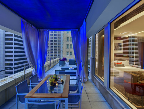 The Joule Dallas Preferred Hotels and Resorts - Penthouse Terrace