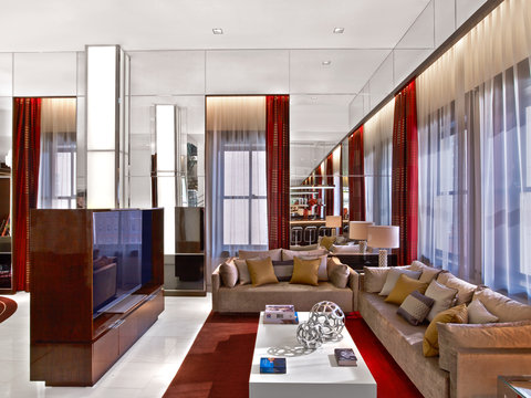The Joule Dallas Preferred Hotels and Resorts - Penthouse Living Room