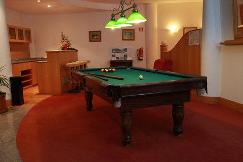 Aparthotel Imperatriz - Pool Table