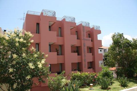 Aparthotel Imperatriz - Exterior View