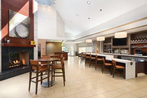 HYATT house Charlotte Airport - HBAR