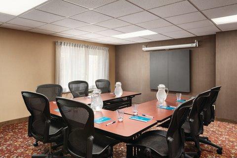 HYATT house Charlotte Airport - Meeting Space