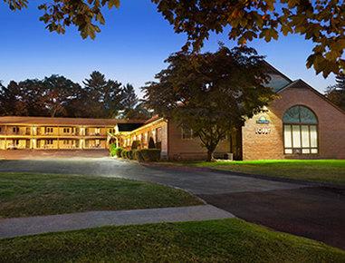 Great Barrington Hotels Motels