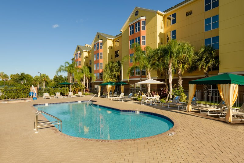 Homewood Suites by Hilton Orlando-Nearest to Univ Studios Poolansicht
