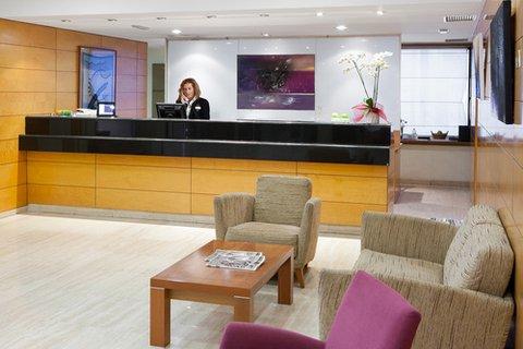 NH Ciutat de Vic - Front Office