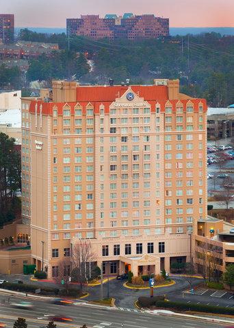 Sheraton Suites Galleria-Atlanta - Exterior