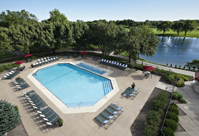 HILTON OAK BROOK HILLS RESORT