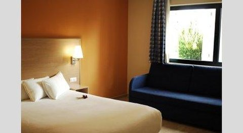 Travelodge Barcelona Hospitalet - Double Room