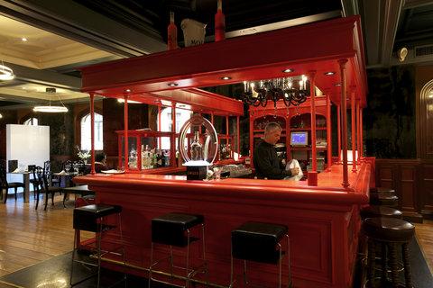 Ercilla Lopez De Haro Hotel - Bar at Hotel Lopez de Haro