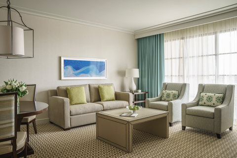 Four Seasons Orlando at Walt Disney World - ORL Park View Deluxe Suite - Living room