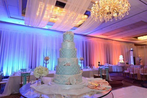 Hyatt Regency Buffalo - Grand Ballroom Wedding