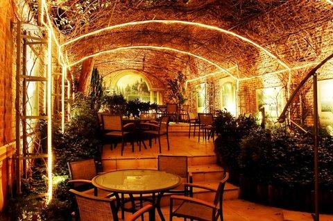 Le Chatelain Hotel Brussels - Garden Terrace