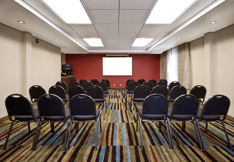 Fairfield Inn by Marriott Raleigh Airport/RTP Konferenční sál