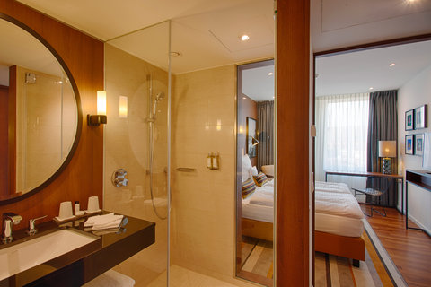 AMERON Hotel Speicherstadt Ham - SMART Orange Comfort Bathroom