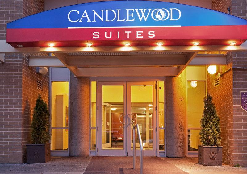 Candlewood Suites Montreal Centre-Ville Fasad