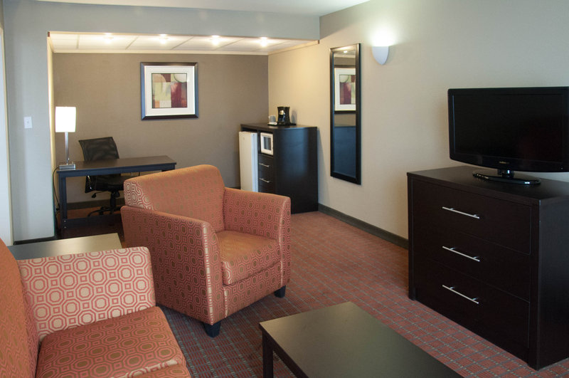 Clarion Hotel Phoenix Tech Center Suite