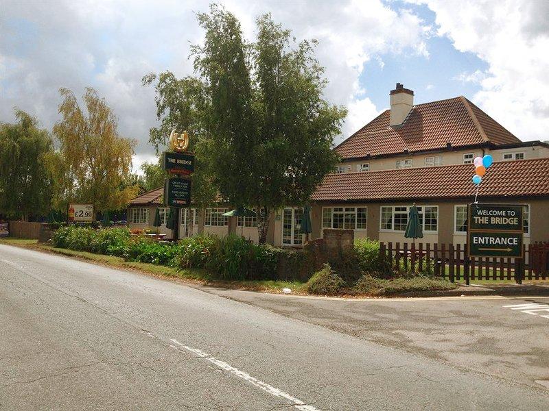 The Bridge Inn Exterior view