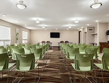 Super 8 Lloydminster - Meeting Room