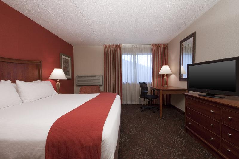 Holiday Inn Express Chicago-Downers Grove Huonenäkymä