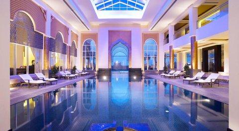منتجع وسبا قصر العرين - Indoor Pool
