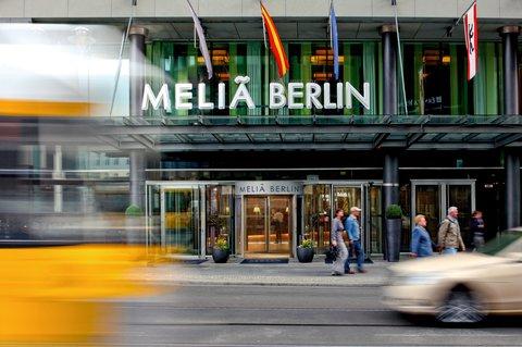 Melia berlin - The entrance