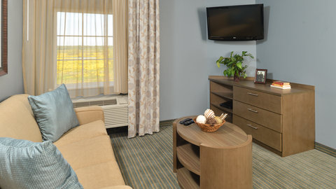 Candlewood Suites HOUMA - Entertainment Center