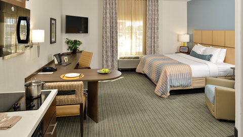 Candlewood Suites HOUMA - Spacious King Bed Guest Suite